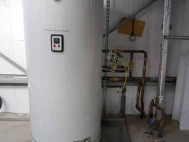 Refrigeration Plant with Heat Recovery for Hot Water